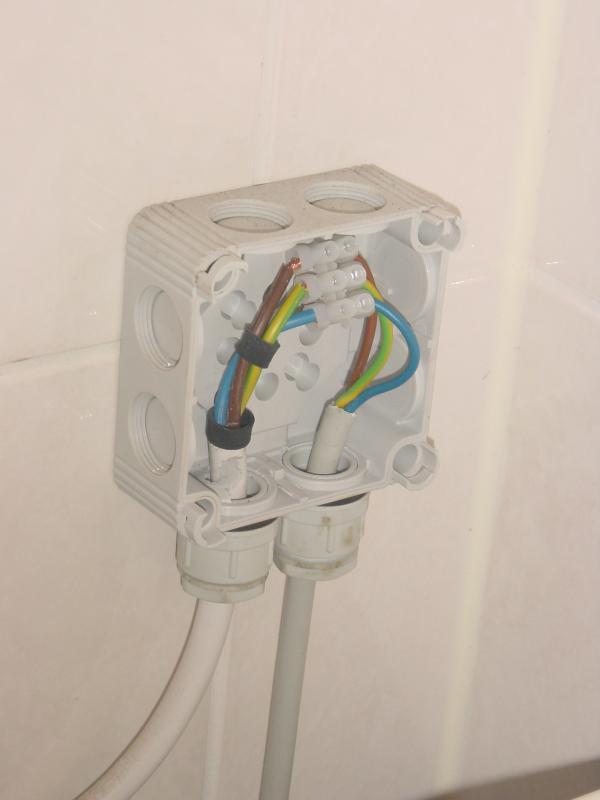 Waterdicht Stopcontact Voor De Wasmachine Waarbij De