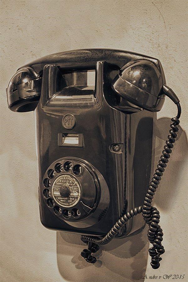 oude telefoon bakeliet.jpg